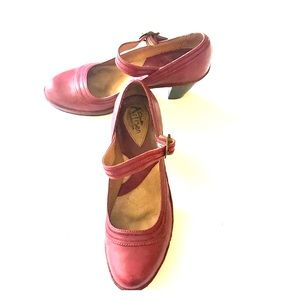 Clarks Artisan Red Leather Mary Jane Shoes Size 8